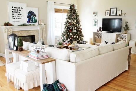 Gorgeous Winter Family Room Design Ideas 06