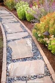 Innovative Stepping Stone Pathway Decor For Your Garden 27