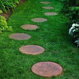 Innovative Stepping Stone Pathway Decor For Your Garden 29