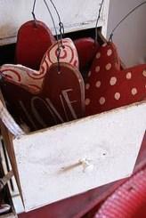 Inspiring Farmhouse Style Valentines Day Decor Ideas 35