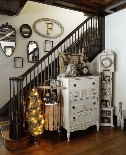 Neutral Winter Decoration Ideas For Your Home 34