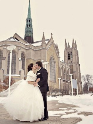 Romantic Valentines Day Wedding Inspiration Ideas 20
