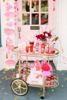 Romantic Valentines Day Wedding Inspiration Ideas 27