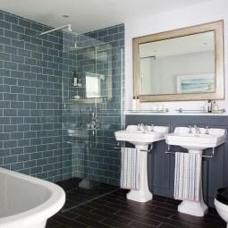 Simple Traditional Bathroom Design Ideas 05