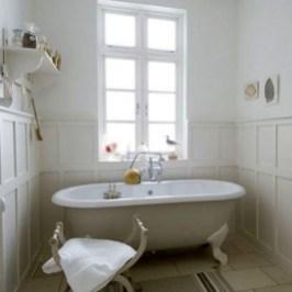 Simple Traditional Bathroom Design Ideas 14