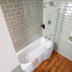 Simple Traditional Bathroom Design Ideas 27