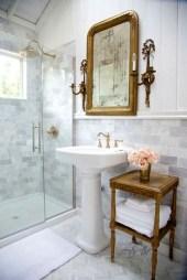 Simple Traditional Bathroom Design Ideas 28