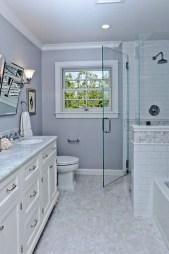 Simple Traditional Bathroom Design Ideas 29