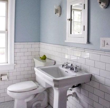 Simple Traditional Bathroom Design Ideas 44