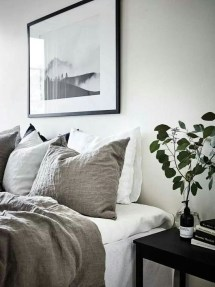 Astonishing Scandinavian Bedroom Design Ideas 11
