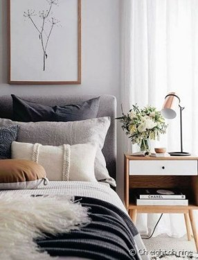 Astonishing Scandinavian Bedroom Design Ideas 43