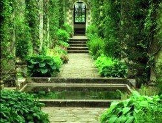 Best DIY Garden Path Designs You Can Bulid To Complete Your Gardens 29