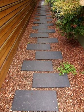 Best DIY Garden Path Designs You Can Bulid To Complete Your Gardens 48