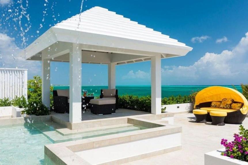 Cozy Gazebo Design Ideas For Your Backyard 36