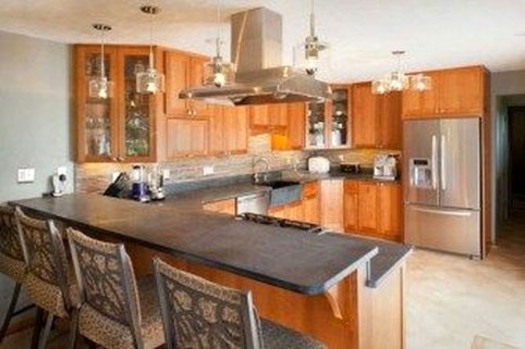 Creative U Shaped Kitchen Remodel Ideas 37