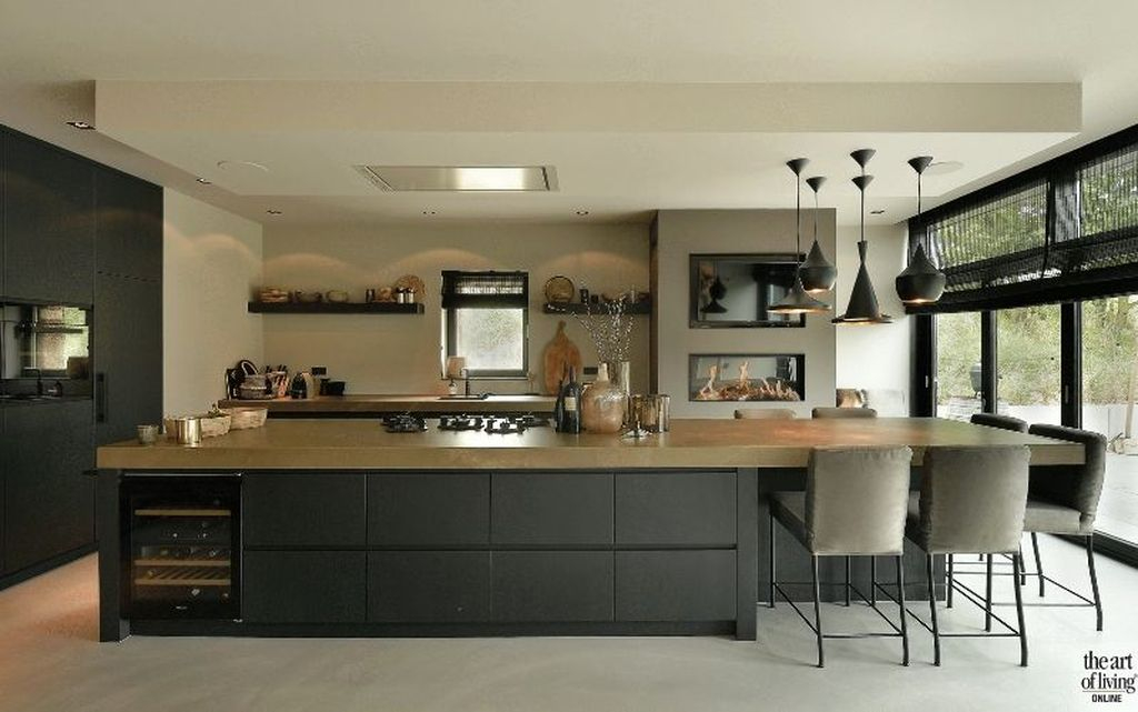 Creative U Shaped Kitchen Remodel Ideas 60