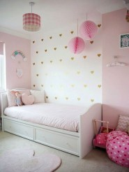 Cute Pink Bedroom Design Ideas 04