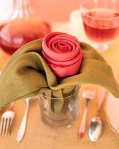 Elegant Table Settings Ideas For Valentines Day 05