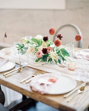 Elegant Table Settings Ideas For Valentines Day 17