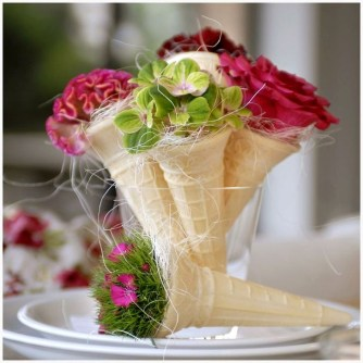 Elegant Table Settings Ideas For Valentines Day 25