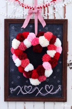 Simple DIY Valentines Day Decor Ideas 17