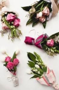 Stunning Valentine Floral Arrangements Ideas 05