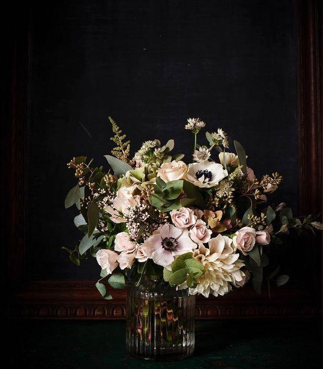 Stunning Valentine Floral Arrangements Ideas 10