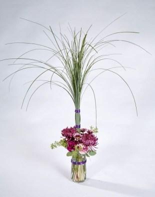 Stunning Valentine Floral Arrangements Ideas 33