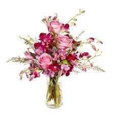 Stunning Valentine Floral Arrangements Ideas 43
