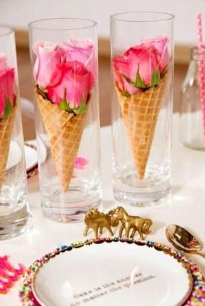 Stunning Valentine Floral Arrangements Ideas 48