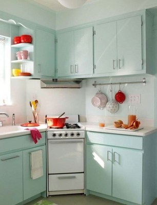 Unique And Colorful Kitchen Design Ideas 40