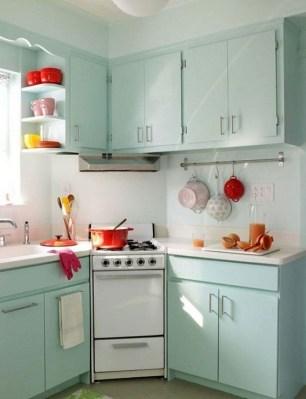 Unique And Colorful Kitchen Design Ideas 40