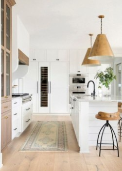 Affordable Farmhouse Kitchen Cabinets Ideas 15