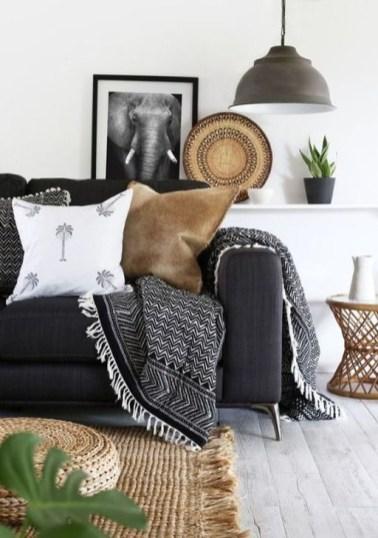 Cozy Black And White Living Room Design Ideas 10