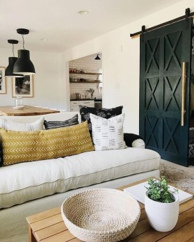 Cozy Black And White Living Room Design Ideas 30
