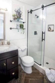 Easy DIY Bathroom Remodel Ideas On A Budget 11