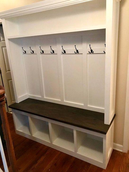 Easy DIY Mudroom Bench Ideas For Inspiration 43