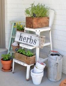 Impressive Porch Decoration Ideas For This Spring 04