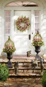 Impressive Porch Decoration Ideas For This Spring 12