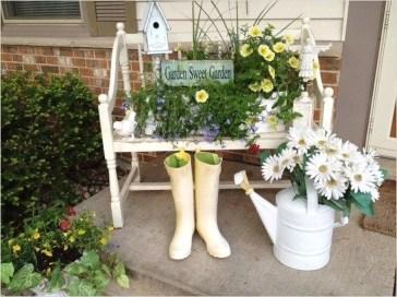 Impressive Porch Decoration Ideas For This Spring 28