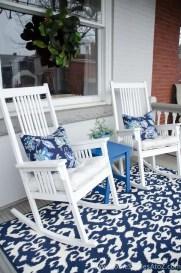 Impressive Porch Decoration Ideas For This Spring 30