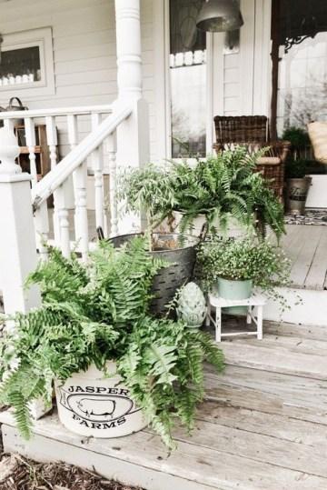Impressive Porch Decoration Ideas For This Spring 37