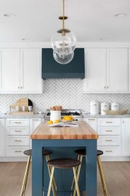 Inspiring Blue And White Kitchen Ideas To Love 28