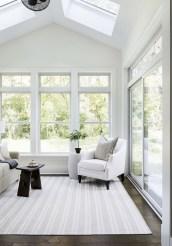 Popular Sun Room Design Ideas For Relaxing Room 47