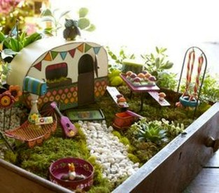 Pretty Fairy Garden Plants Ideas For Around Your Side Home 23