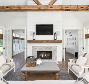 Rustic Farmhouse Fireplace Ideas For Your Living Room 02