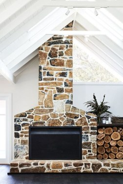 Rustic Farmhouse Fireplace Ideas For Your Living Room 09