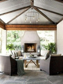 Rustic Farmhouse Fireplace Ideas For Your Living Room 18