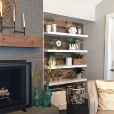Rustic Farmhouse Fireplace Ideas For Your Living Room 20