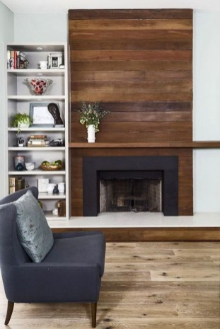 Rustic Farmhouse Fireplace Ideas For Your Living Room 29